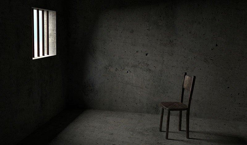 בחדרי החקירות של דרעי